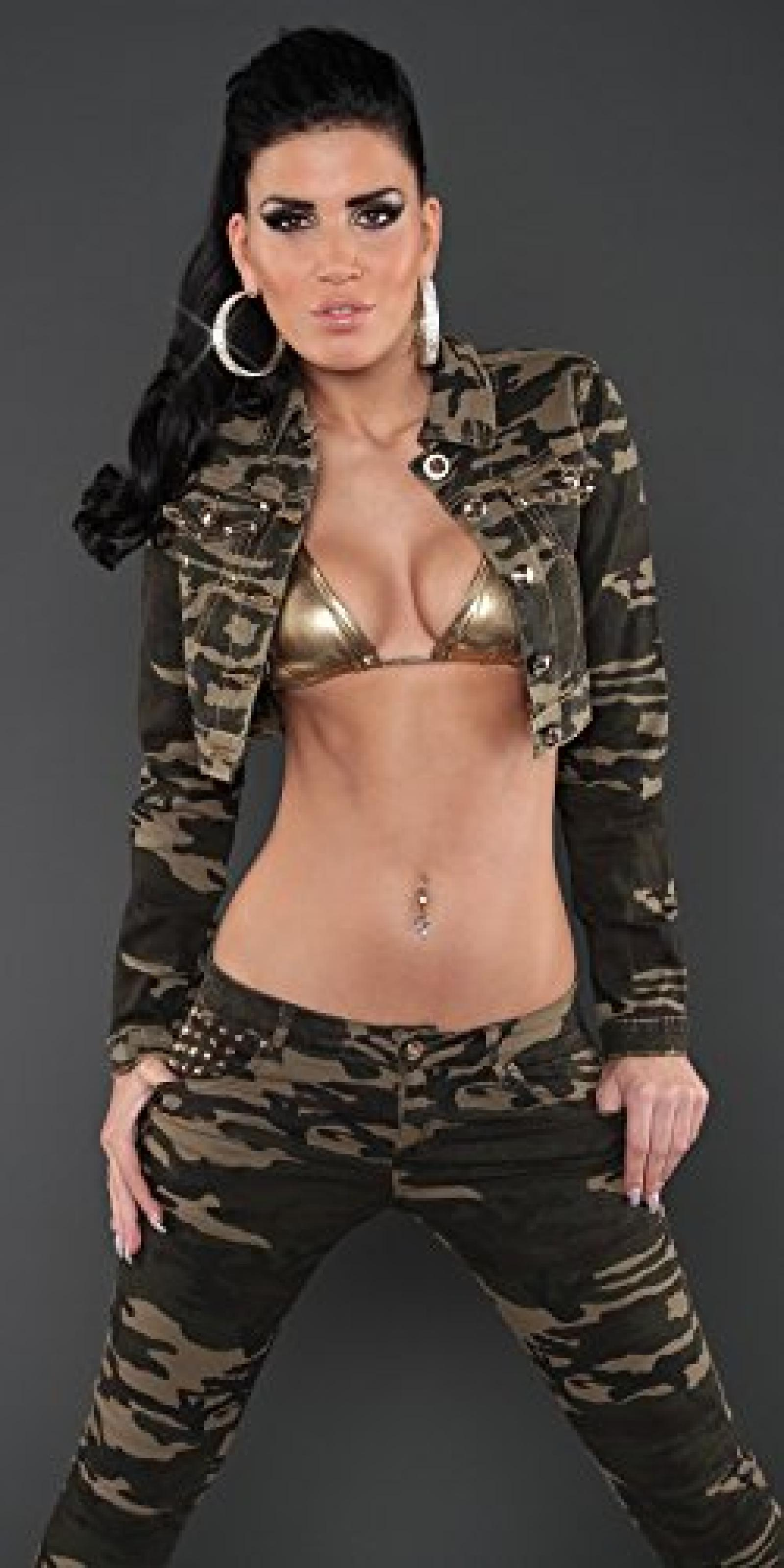 Sexy Kurzjacke im Armylook Koucla by In-Stylefashion SKU 0000A6502 / Color: ARMY, Size: M